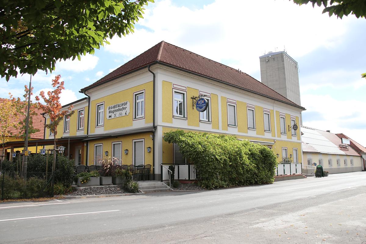 raabtalhof-wagenhofer-restaurant-gasthaus-aussen